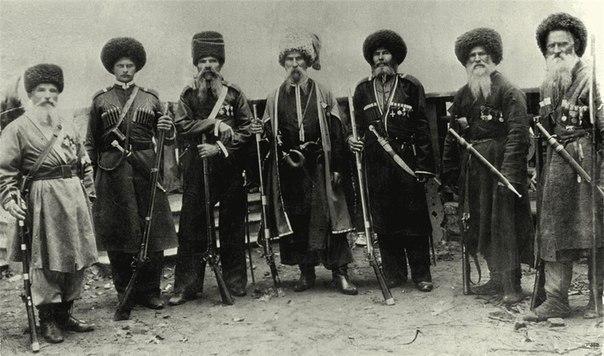 1892 р. в станиці Таманській Кубані проходило святкування 100 річного ювілею переселення чорноморських козаків на Кубань