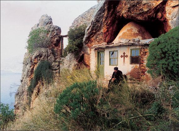 У монастирі Зограф на святій горі Афон городищенець провів десять років…